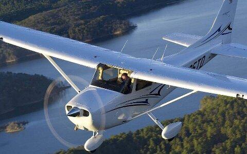 C172M セスナ式C-172Mの取扱法と操縦法